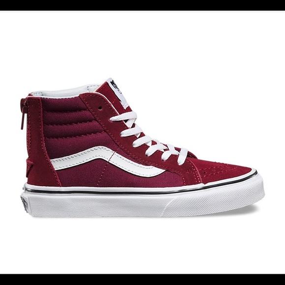 ed4b94426fea25 NWT Vans kids SK8-HI sneakers kids size 12